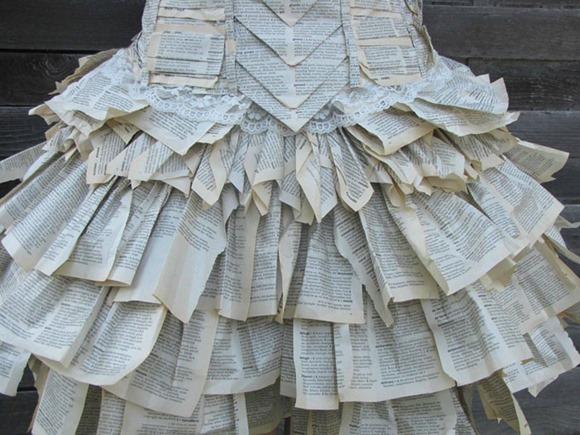 书本连衣裙