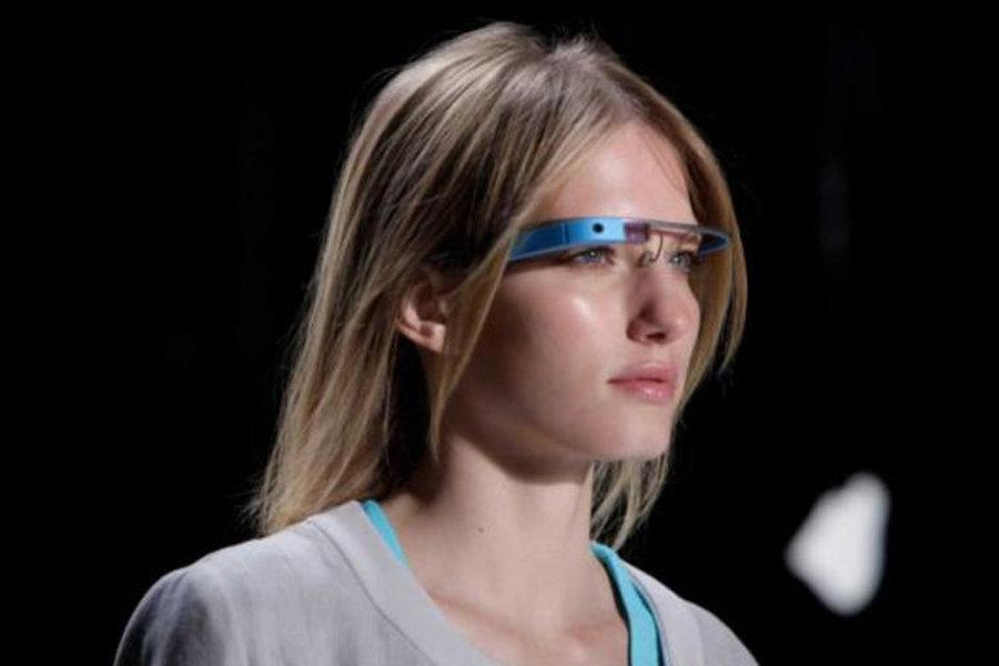 2012年十大有趣的发明--谷歌眼镜