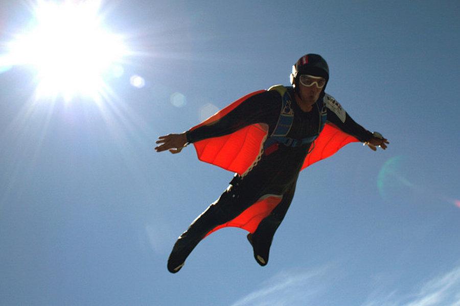 2012年十大有趣的发明--高速蝙蝠衣